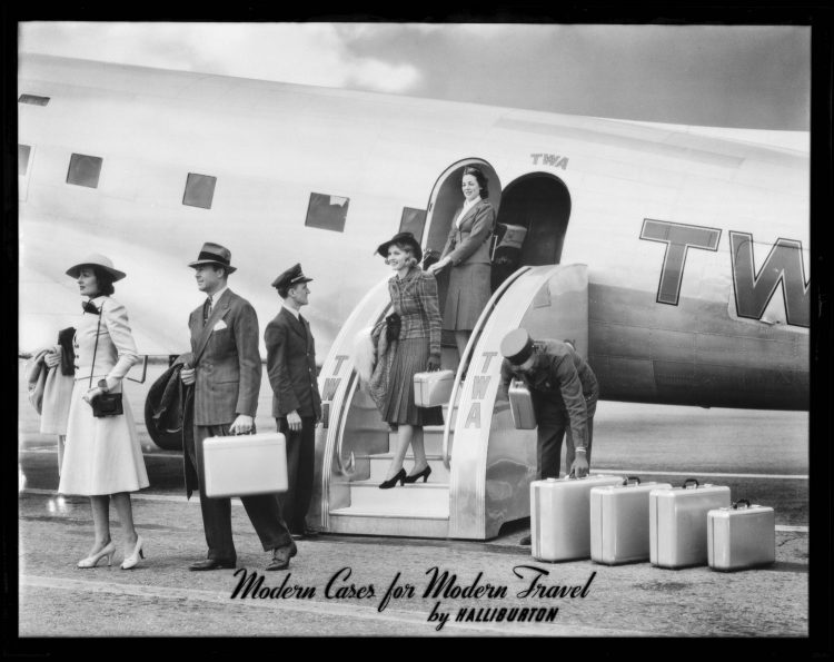 (3)1939_Plane_group_Earle_P_Halliburton_Company_Southern_California