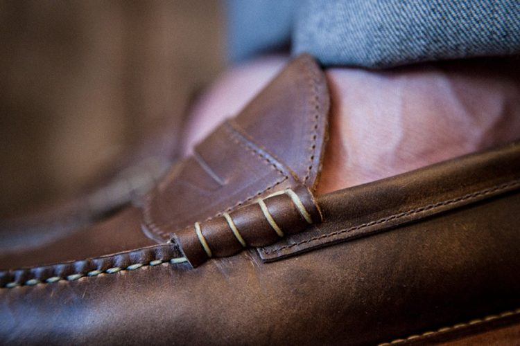 oak-street-bootmakers-beefroll-penny-loafer-natural-chromexcel-03