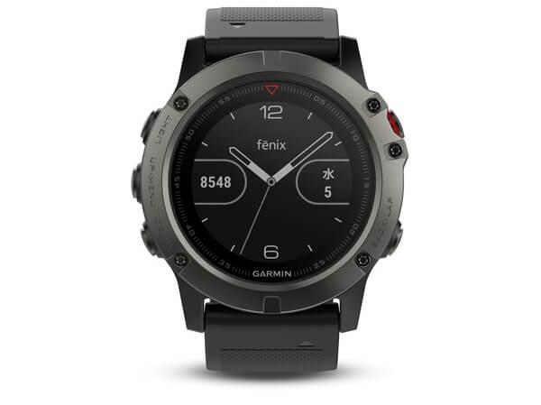 GPSメーカーが手掛けるデジタルウォッチは、フィットネス界隈でも人気!「GARMIN(ガーミン) fenix 5x Sapphire」