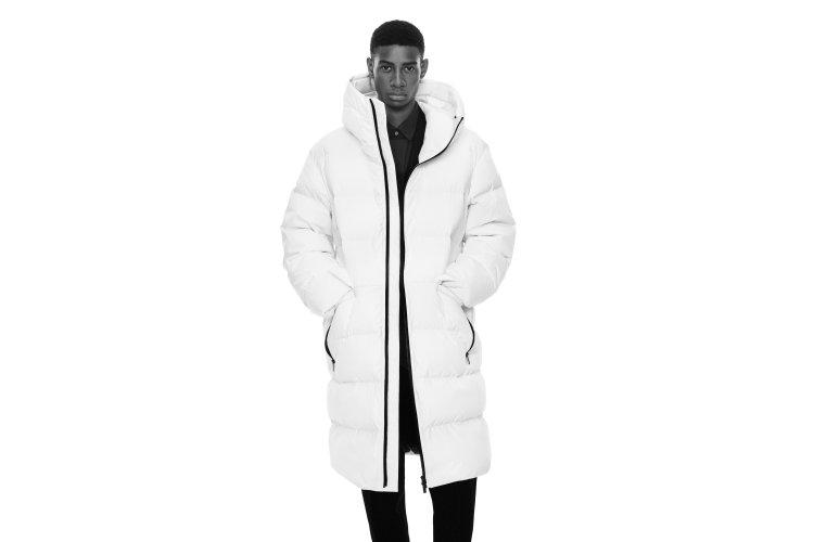 「+J」2020年秋冬コレクションは洗練されたデザインと着心地の良さが魅力!